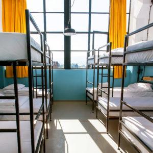 Hostel & Backpacker
